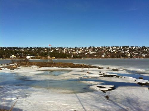 Auch hier: täglich neue Lücken im Eis.