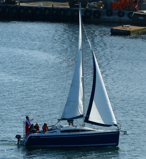 Gut, das Boot würde ich auch nehmen! :-)
