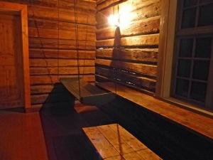 """Bergbaumuseum: noch so ein Hänge""""Bett"""" (da tut's schon weh beim anschauen)"""