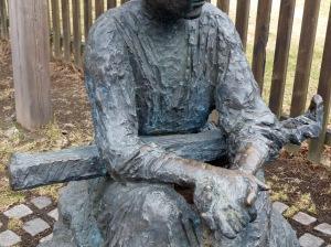 Heddal Stavkirke: ... Pallmondium - Spielerin (zumindest sieht es so ähnlich aus? ;-)  )