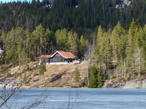 Ja, auch nicht schlecht: See zum Rudern oder Baden vor der Tuer und nebenan: