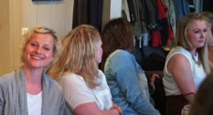 Sommerfest: links Agnetha, rechts Jannike