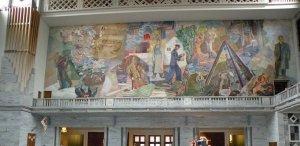 Der Rahmen für die Friedens-Nobelpreis Verleihung: Wandgemälde im ...