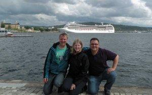 """David, Sarah und ich vor unserem """"Boot"""" :-)"""