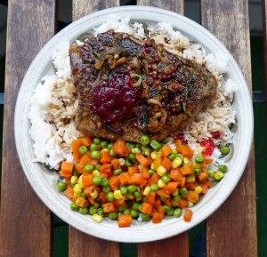 Leckeres Abendessen nach dem Sonnenbaden! Filetsteak mit Reis und Gemuese