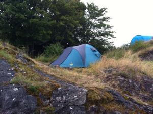 Noch 2 versteckte Zelte.