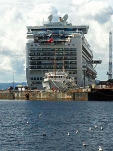 Riesenkreuzfahrer in Oslo