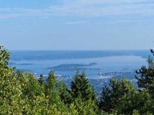 Blickrichtung Südosten auf den Oslofjord ...