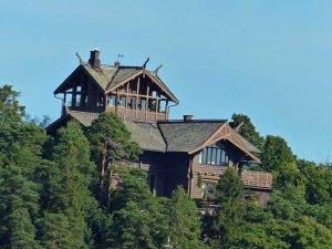 ... und schönen Orten (das Haus mit der BESTEN AUSSICHT: Freier Blick in alle vier Richtungen!!!) ...