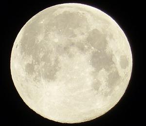und noch mehr Mond.