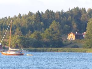Ruhige (und teure) Lage am Fjord - vermutlich nur vererbbar :-)