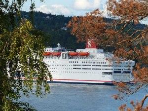 ... der der gesamte Schiffsverkehr nach Oslo vorbei muss (Stena Line von Dænemark nach Oslo) ...