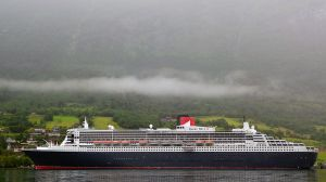 ... um dort einer echten Königin zu begegnen. :-)  (Hier in einem norwegischen Fjord)