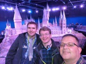 Selfie vor dem grossen Modell von Hogwarts: Sehr beeindruckend die Detailgenaue Darstellung
