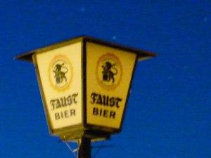 ... am alten Hotel Turmeck in Miltenberg Museumswert!
