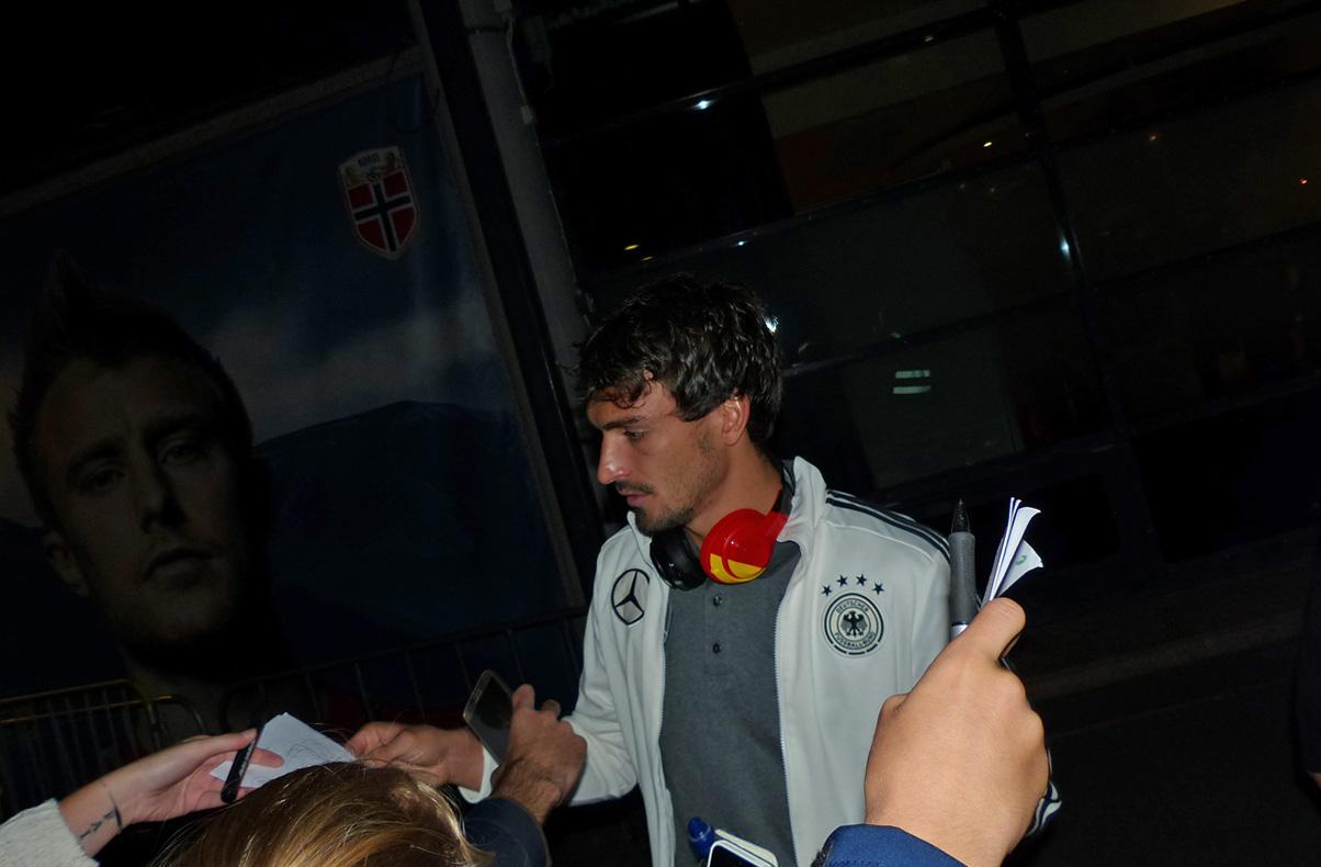 ... der sich am meisten Zeit nahm und bei dem ich auch eines auf mein 2006 er WM Shirt bekam!